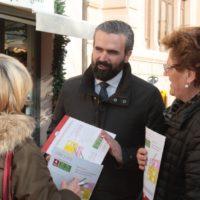 17 febbraio: Sesto Fiorentino volantinaggio al mercato e incontro alla Misericordia