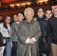 Con Liliana Segre sulla difesa della storia alla maturità