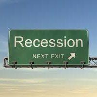 Il governo spinge il paese in recessione